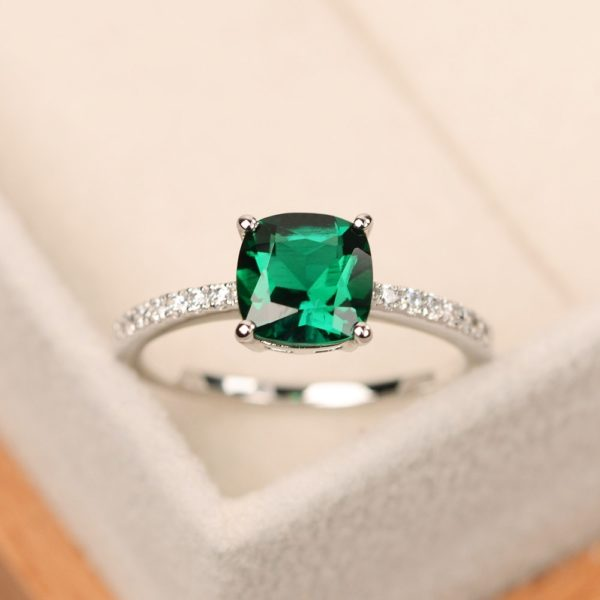 Amorui-Ladies-Luxury-Blue-Green-Square-Crystal-AAA-Cubic-Zirconia-Thin-Chic-Silver-Rings-for-Women-1.jpg